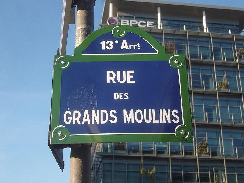 File:Paris 13e - Rue des Grands-Moulins - plaque.jpg