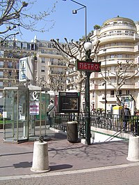 Paris metro3 - anatole france - entrance.jpg