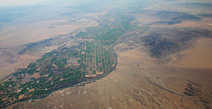 Parker Valley - Aerial view south of the Parker Valley, with California right/west and Arizona left/east.