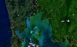Vue satellite de la baie.