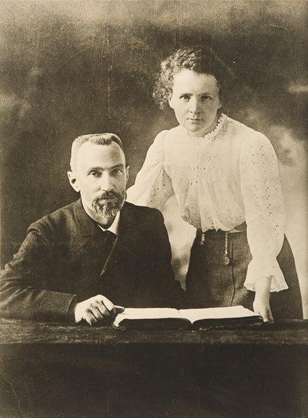 File:Pierre Curie et Marie Sklodowska Curie 1903.jpg