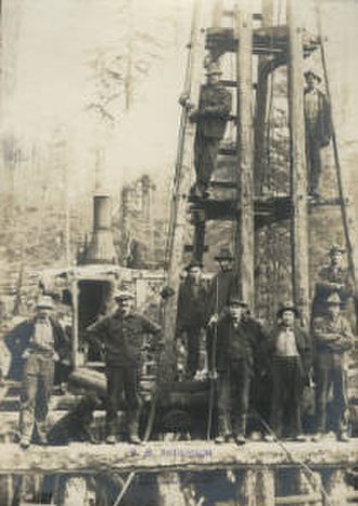 Pile driver - Pile driving crew at Knox Bay, West Thurow Island in 1917