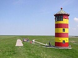 Pilsumer Leuchtturm (1).jpg