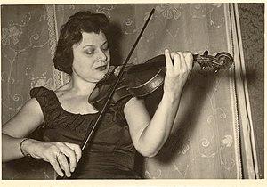 Pina Carmirelli