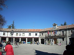 Plaza Mayor, Guadarrama.JPG