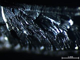 Polietylen niskiej gęstość - mikroskop świetlny powiększenie 30x.jpg