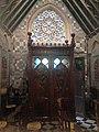 Porte latérale Eglise Saint-Quentin Wirwignes.jpg