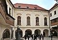 Praha Karolinum nádvoří.jpg