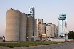Iowa Highway 117 - Iowa 117 passes a grain elevator in Prairie City
