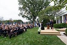 Başkan Trump, ABD Yüksek Mahkemesi Yardımcı Adaleti için Yargıç Amy Coney Barrett'ı Aday Gösterdi (50397097478).jpg