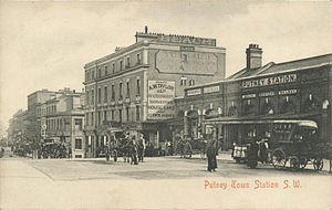 LSWR suburban lines - Putney (Town) station at street level