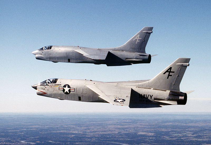 800px-RF-8Gs_VFP-206_in_flight_1986.JPEG