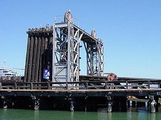Ferry slip - Image: RR Barge Slip Headworks