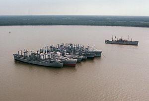 RRF ships on the Elizabeth River 1987.JPEG