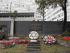 Jardin du souvenir à l'emplacement du Vél'd'Hiv.
