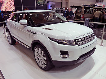 English: Range Rover Evoque 3-door wagon, prot...