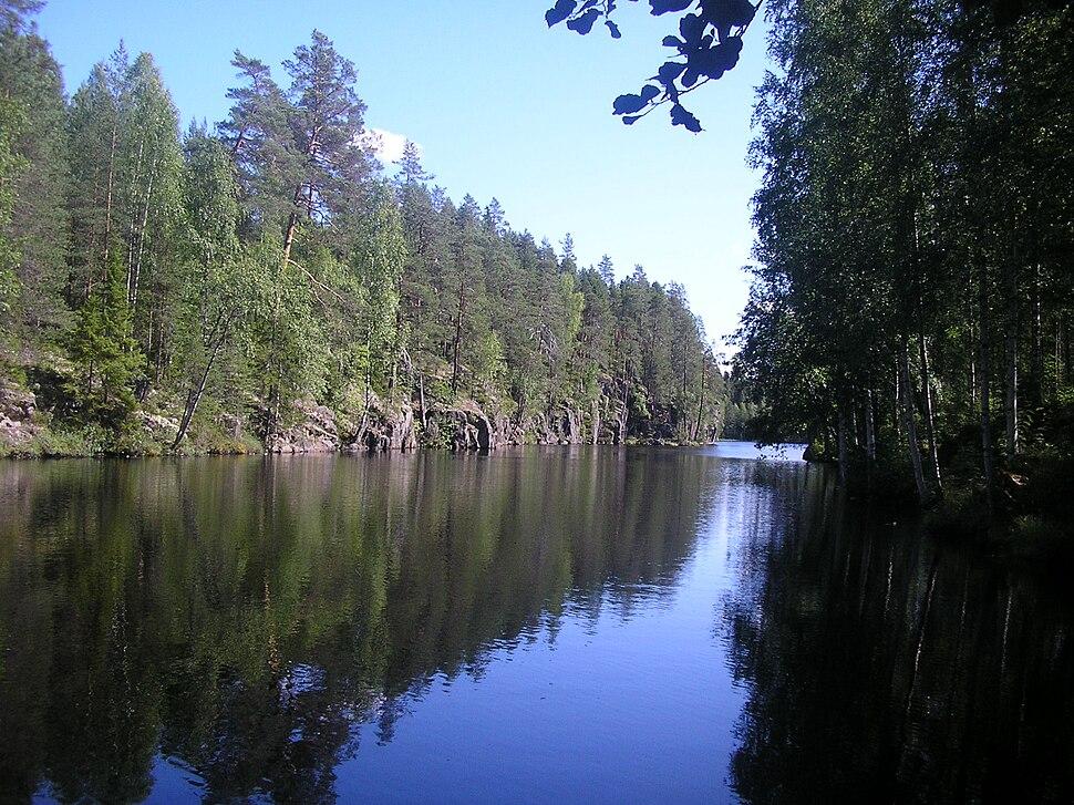 Ravine lake Yläinen-Toriseva