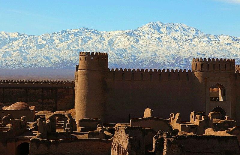 واگذاری اماکن تاریخی کرمان به بخش خصوصی