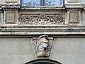 Reichsstraße 19, Relief über Portal, Düsseldorf.jpg