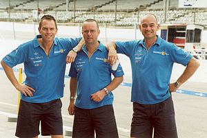Renault in Formula One - Members of the Renault F1 pit crew in 2002.