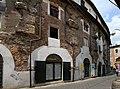 Resti dell'Anfiteatro Romano - panoramio (1).jpg