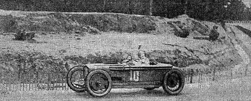 File:Robert Benoist, vainqueur du Grand Prix de l'A.C.F. 1925.jpg