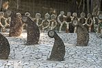 Ogród skalny, Chandigarh-statues.jpg