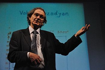English: Professor Sir Roger Penrose (born 8 A...