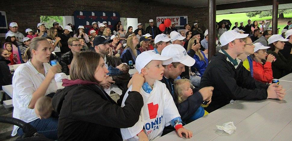 Romney for Utah audience (42375216872)