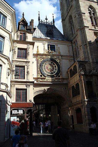 Fichier:Rouen gros horloge jnl.jpg