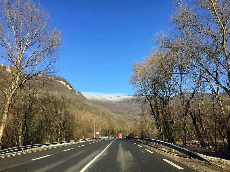 Route d'Ambérieu-en-Bugey à Saint-Rambert-en-Bugey, janvier 2017.