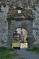 Ruine Hohenegg Eingangstor.jpg