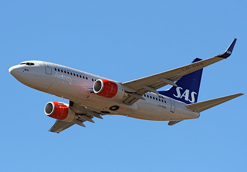 Scandinavia's biggest airline Thursday reported a net loss SEK729 million for the first quarter, compared with SEK373 million the same period last year