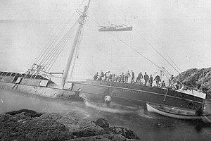 SS Wairarapa - Image: SS Wairarapa Wreck At Miners Head