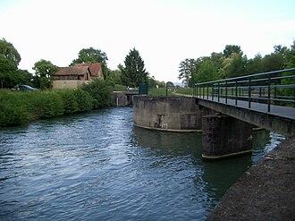 Canal de Huningue - Image: Saint Louis, Canal de Huningue