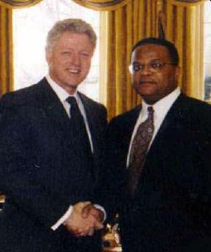 Sam A. Lindsay - Judge Sam A. Lindsay, right, with President Bill Clinton, 1999