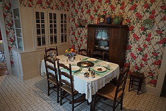 Sam Rayburn House Museum - Image: Sam Rayburn House Museum June 2017 05 (dining area)