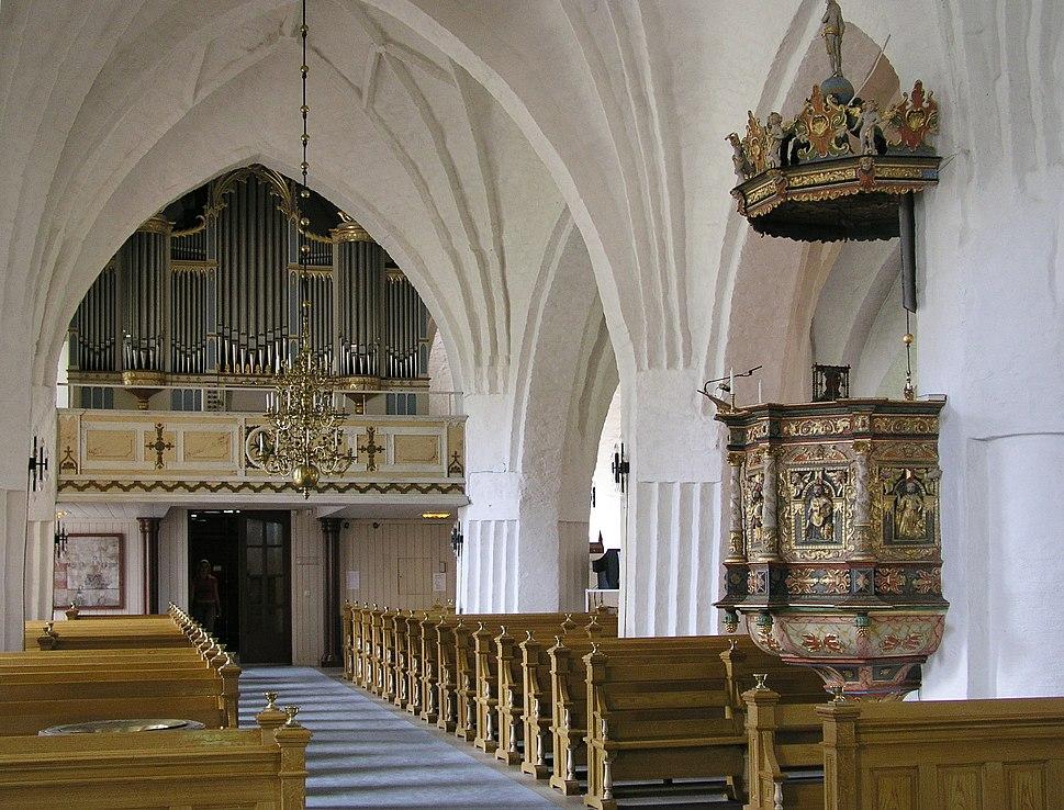Sankt Laurentii nave organ pulpit