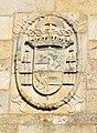 Santiago-Escudo na fachada da Catedral 01.jpg