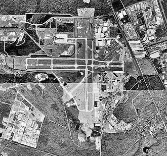 Savannah/Hilton Head International Airport - USGS 1999 orthophoto