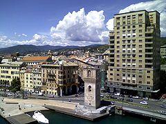 La piccola citta dEza, sulla Riviera Ligustica.