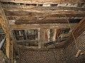 Scheune, Innen-Ansicht, durchgefaulter Heuboden, 03. 02. 2011 - panoramio.jpg