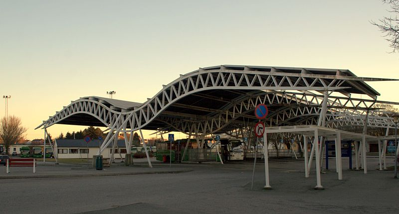 File:Seagull bus stop - panoramio.jpg