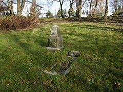 Seattle - Comet Lodge Cemetery 04.jpg
