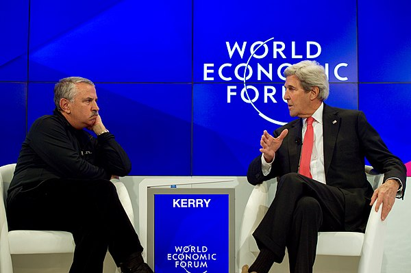 Secretary Kerry Speaks With New York Times Columnist Friedman at the World Economic Forum in Davos (32248768381).jpg
