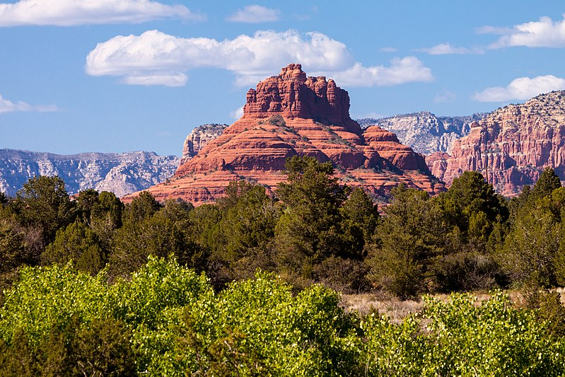 File:Sedona Arizona by Tomas Castelazo.jpg
