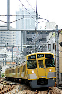 Seibu Railway new2000 Sunshine60back.jpg