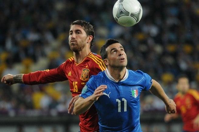 Sergio Ramos and Antonio Di Natale Euro 2012 final 01