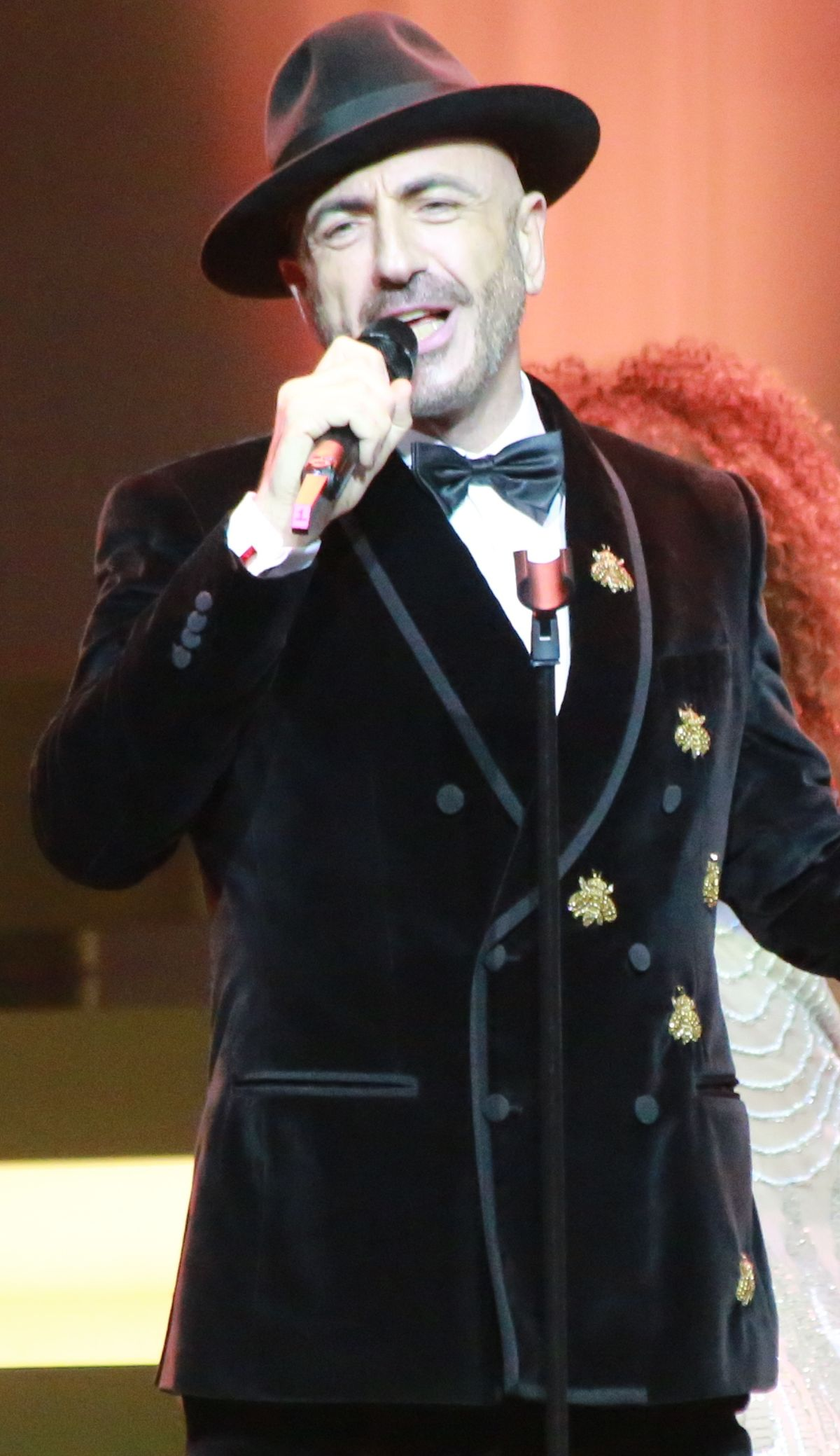 Serhat (singer) - Wikipedia