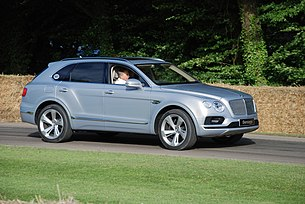 Silver Bentley Bentayga 2.jpg